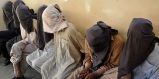 Kohat police arrest six facilitators of extortionists, recover arms