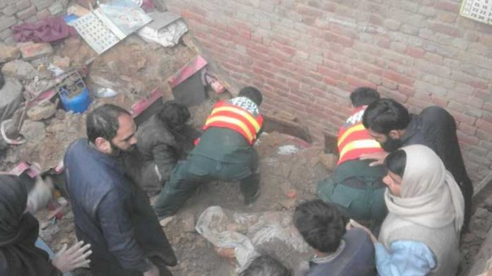 Seven killed in roof collapse incident in Sheikhupura
