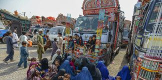 About 800 Afghan refugees returned to motherland from Pakistan