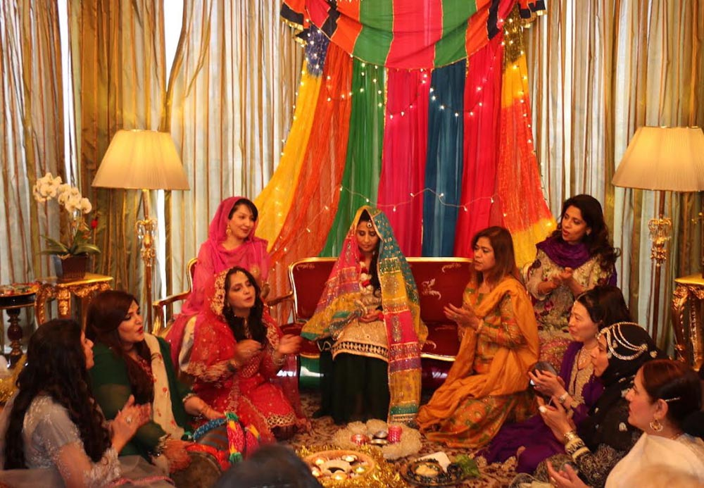 Mehndi Ceremony N Wedding : Traditional pakistani wedding culture showcased at ankara
