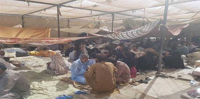 Shia pilgrims stuck at Taftan border