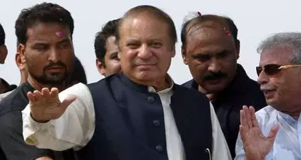 Nawaz to appear before accountability court in corruption cases today