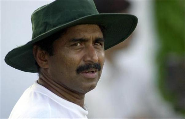 Miandad wants a regular Pak-India bilateral series  