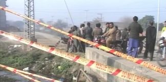 Four of a family killed as car plunges into nullah in Gujranwala