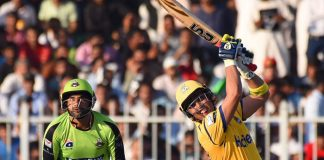 Kamran Akmal guides Peshawar Zalmi to crush Lahore Qalandars