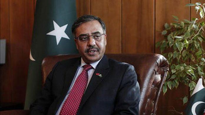 Pakistan's High Commissioner to India returns to New Delhi