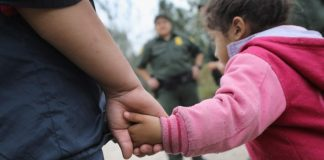Illegal immigrant parents not facing U.S. prosecution for now