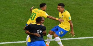 Brazil beat Mexico 2-0 to qualify for World Cup quarter-finals