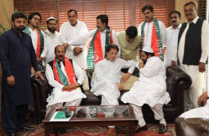 Two more MPAs from Punjab join PTI