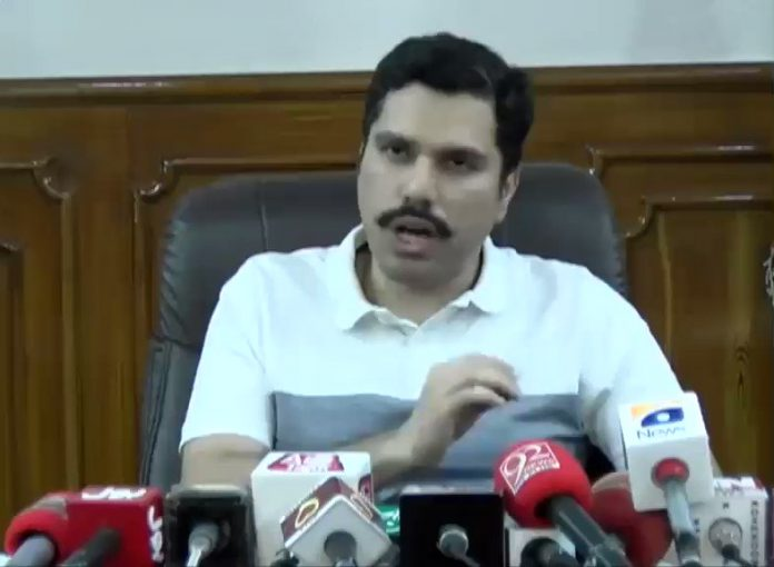 KP CM takes notice of Peshawar DC's statement of 1000 coffins