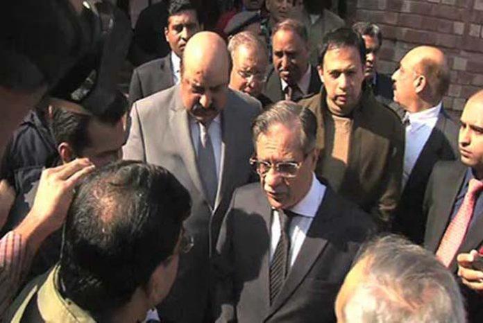 CJP Saqib Nisar visits National Hospital in Lahore