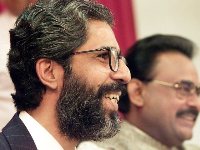 Govt to approach UK to repatriate MQM founder in Imran Farooq murder case