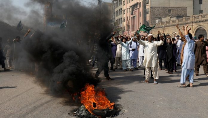FIA starts collecting data of rioters during protests against Asia Bibi's acquittal