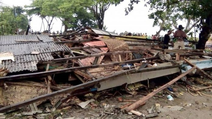 Death toll from'volcano' tsunami in Indonesia rises to 168