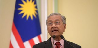 Malaysia's Mahathir out as PM as rival takes power
