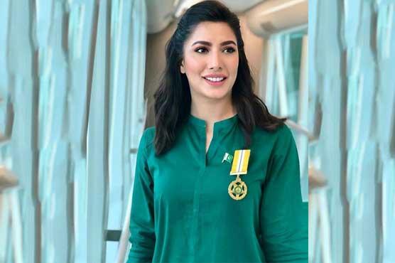 Mehwish Hayat proudly wears Tamgha-e-Imtiaz and celebrates prestigious honor