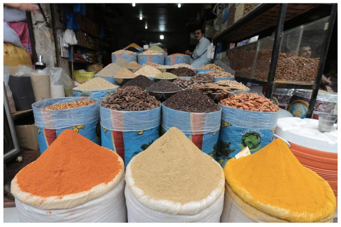 KP Food Authority seizes 8,000kg adulterated spice blends in Peshawar