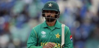 Hafeez expects home comforts to inspire Pakistan