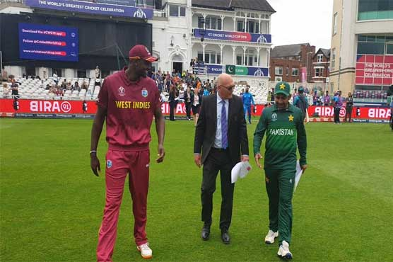 West Indies win toss, choose to field against Pakistan
