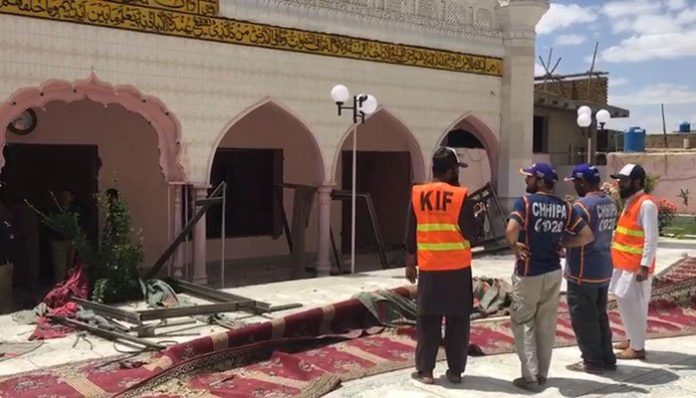Blast injures eight near mosque during Friday prayers in Quetta