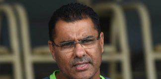 Waqar Younis defines sportsmanship of champions after India's defeat