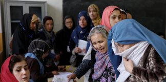Afghans vote in president elections amid deadly violence