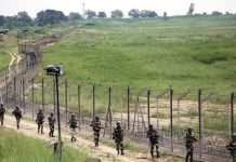 Foreign media visits LoC, meet locals affected by Indian troops' shelling