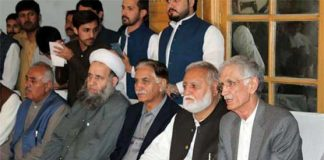 Govt, opposition agree Azadi March to be held away from Islamabad's Red Zone
