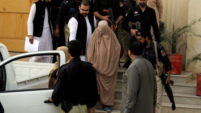Afghan woman arrested with explosives in Peshawar