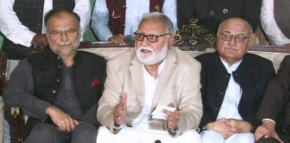 Incompetent govt failed to evolve consensus on ECP appointments: Durrani