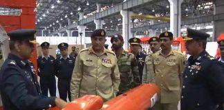 Army Chief visits Pakistan Aeronautical Complex Kamra