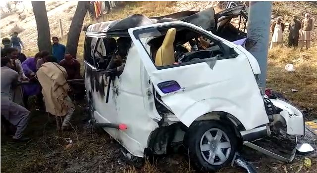 11 killed, six injured in van accident in Sargodha