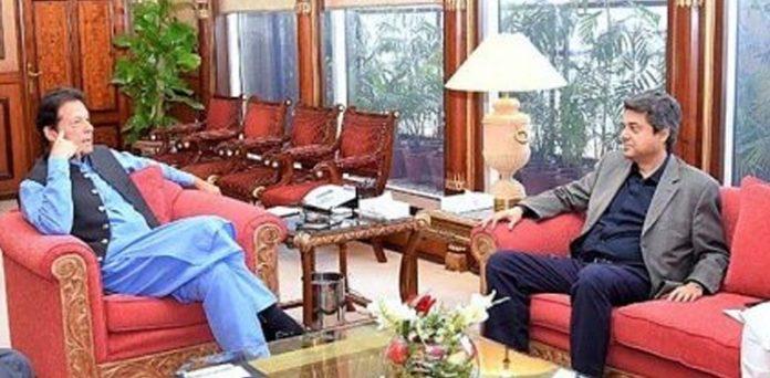 Farogh Naseem calls on PM Imran, discuss legal matters