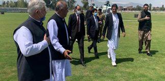PM visits HMC hospital in Peshawar, monitors coronavirus situation