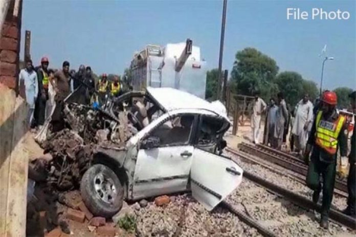 Four family members killed in Car-Train collision in Pattoki