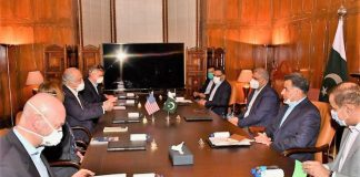 Pakistan, US reiterate resolve to continue working towards peace in Afghanistan