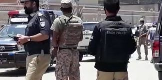 One killed, six injured in hand grenade attack near Liaquatabad in Karachi