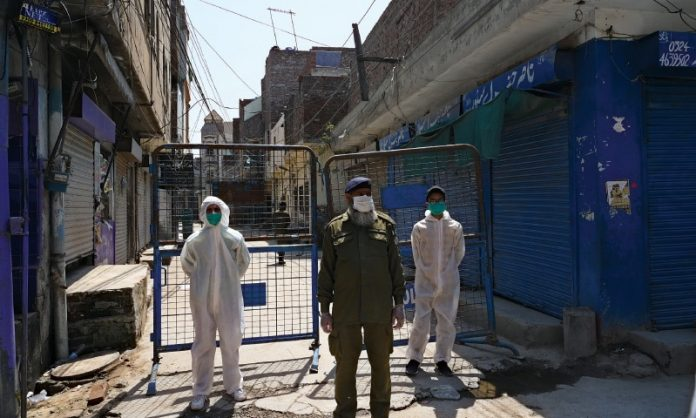 Punjab govt to seal coronavirus hotspots for two weeks in Lahore