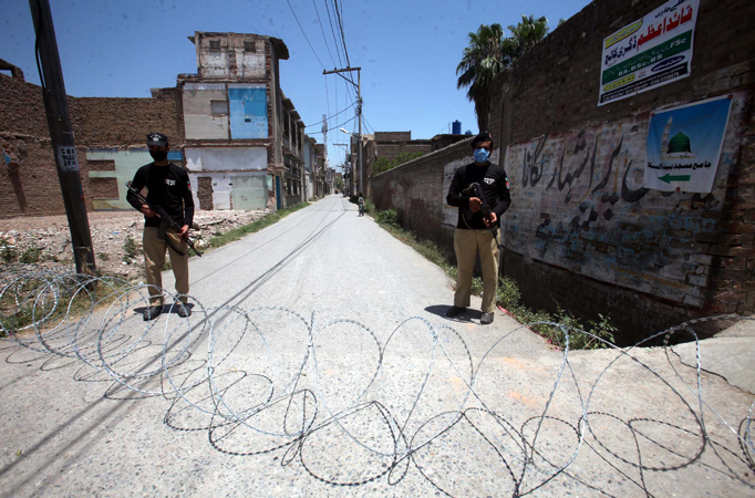 Smart lockdown extended in 18 more areas of Peshawar