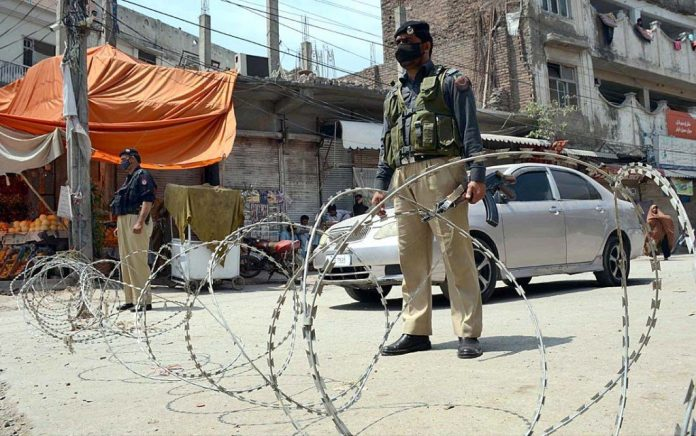 Peshawar major markets sealed as coronavirus cases surge