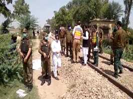 19 Sikh pilgrims die as coaster crashed into train in Sheikhupura