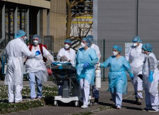 COVID-19 death toll exceeds 150,000 in pandemic-hit US