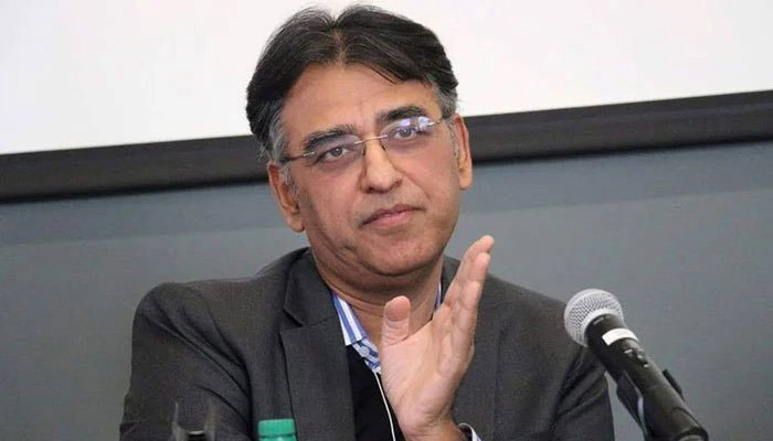 Asad Umar expresses satisfaction over improved economic situation of country